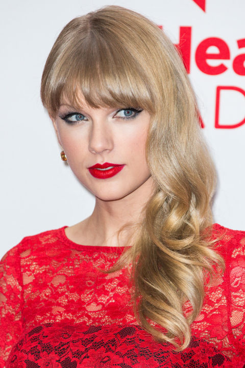 54bbfb1f6d516_-_hbz-taylor-swift-hair-2012-3