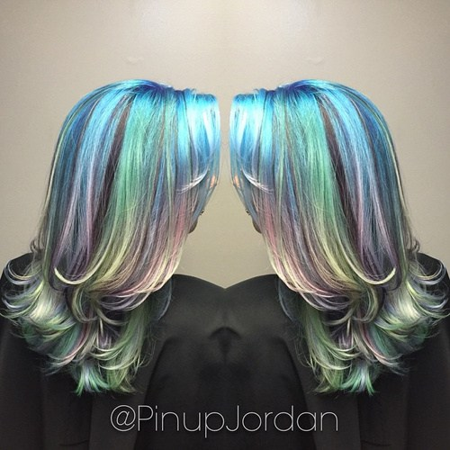 8-layered-teal-and-lavender-pastel-hair