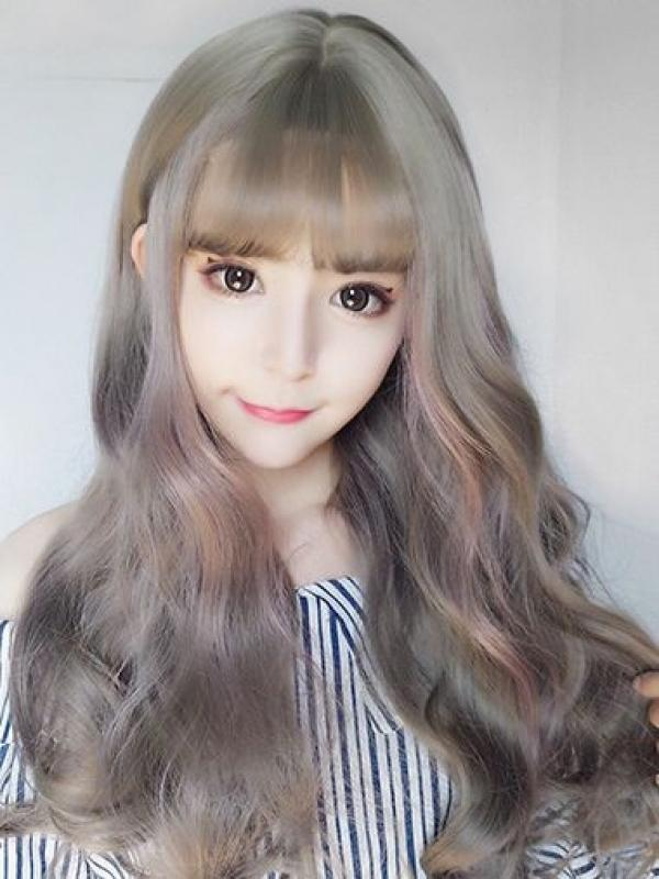 2019 New Gray Synthetic Wefted Cap Wig with Pastel Highlights LG014