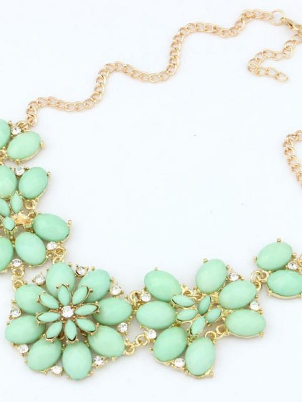 Green Gemstone Gold Flower Chain Necklace A022