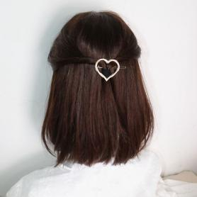 ONE PIECE OF HEART HAIR CLIP DC038