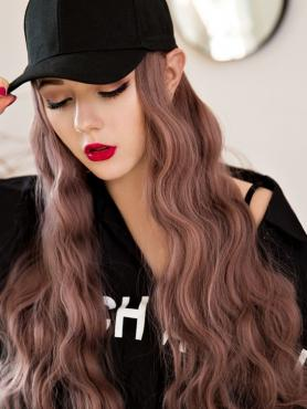 BLACK BASEBALL CAP WITH PEACHY PINK WAVY SYNTHETIC HAIR, WIG HAT WB015